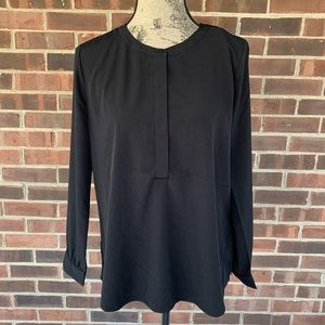 NWT NYDJ black long sleeve pullover blouse